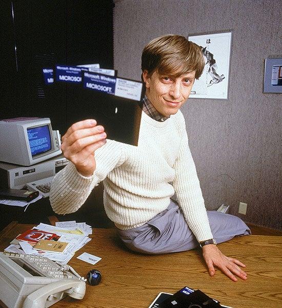Bill Gates Lost $7 Billion Last Year, Is Still Richer Than God