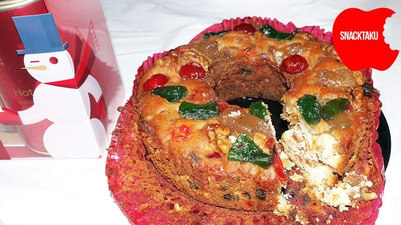 Fruit Cake: The Snacktaku Review