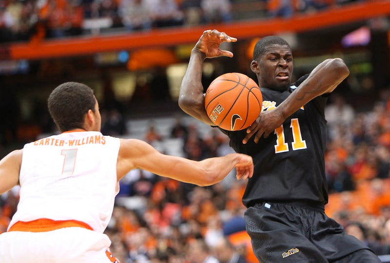 Syracuse Sophomore Accused Of Stealing, Is Awfully Good At It