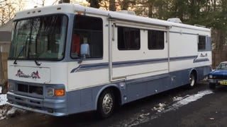 How A LeMons Team Got A $200,000 RV For One Percent Of Its Original MSRP