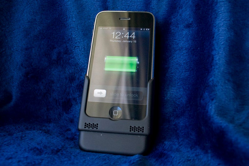 Fastmac iV iPhone Charger and Backup Battery Lightning Review
