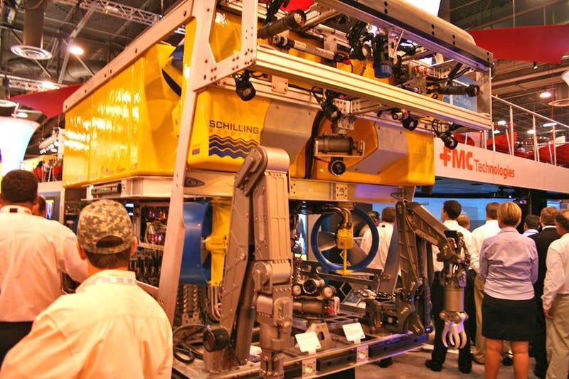 Schilling Ultraheavy Duty Underwater ROV