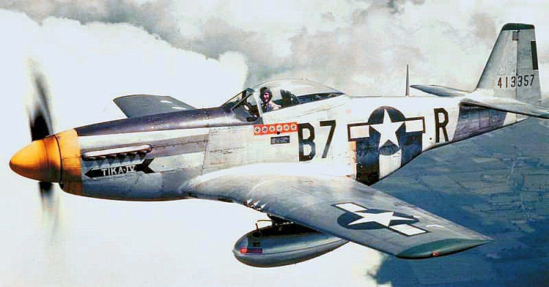 P-51 Mustang Collides and Crashes Over England