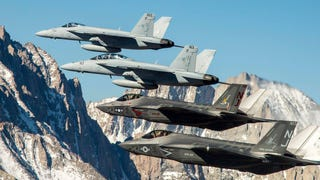 Breathtaking Photos Of Fighter Jets Soaring Over Yosemite Park