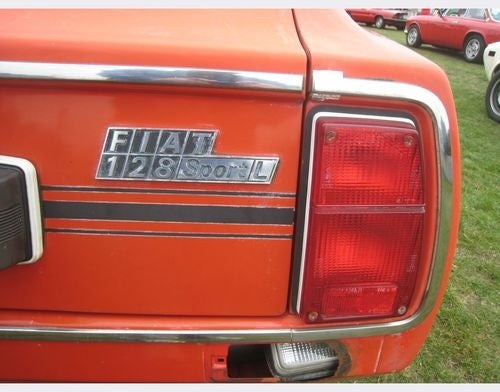 Fiat 128 SL Gets Rescued