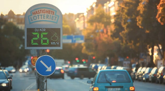 This Traffic Camera Is a Little Different: Drive the Speed Limit and You Get Paid