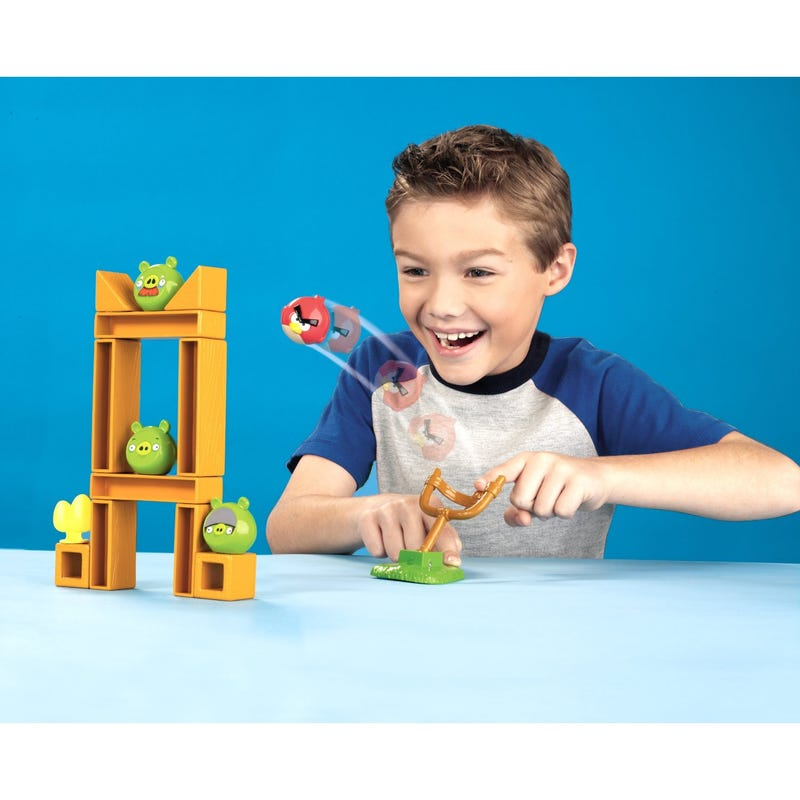 Angry Birds' Slingshot-Toting Board Game In Eight Exciting Images