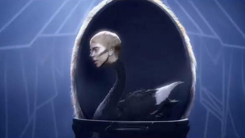 "Here Is Lady Gaga's Artful and Artistic Video for ARTPOP's ""Applause"""