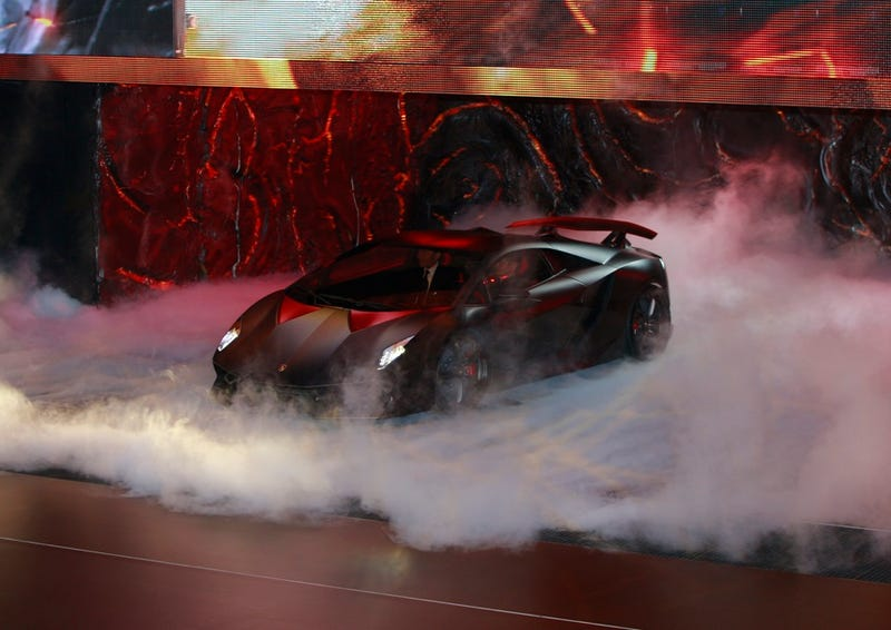 Lamborghini Sesto Elemento: Where There's Smoke There's Carbon Fiber