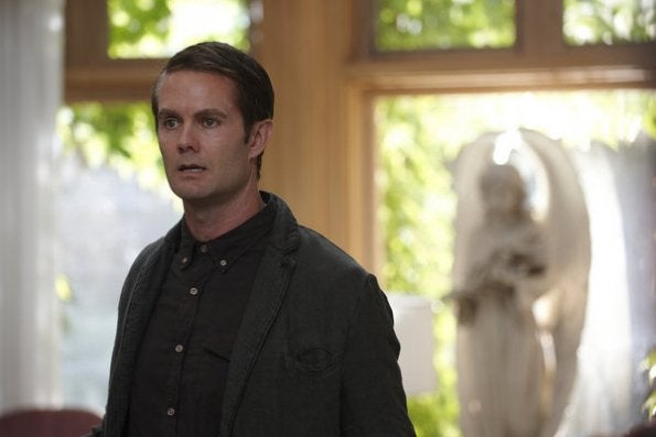 """More promo photos from Alphas episode 1.08, """"A Short Time in Paradise"""""""