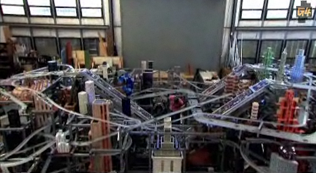 Metropolis II: a Kinetic-Sculpture City of 1,100 Hot Wheels