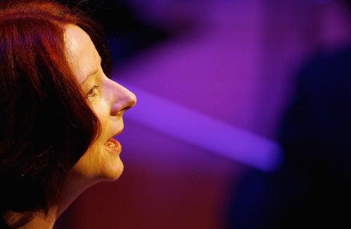 Julia Gillard Sings Sutherland's Praises