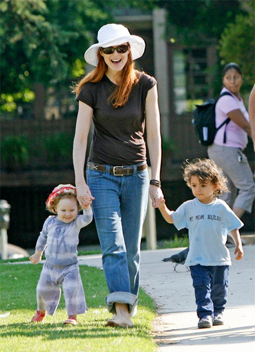 Marcia Cross' Little Friend Has The Wrong Mom
