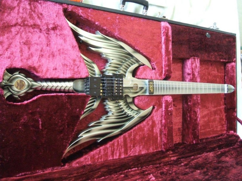 Angel Sword Guitar Plays Iron Maiden Songs, Slays Teen Pop Stars