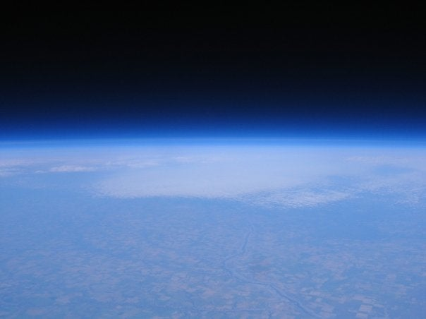 Hobbyist Launches Camera Into Space and Takes Amazing Pictures