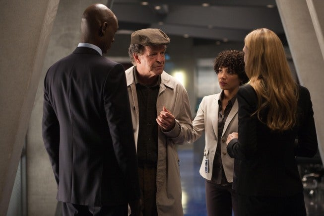"Fringe Episode 5 ""Novation"" Promo Pics"
