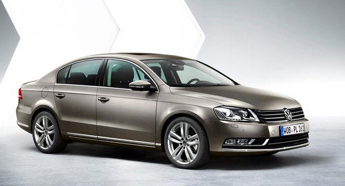 2011 VW Passat Gets Hit With The Boring Stick