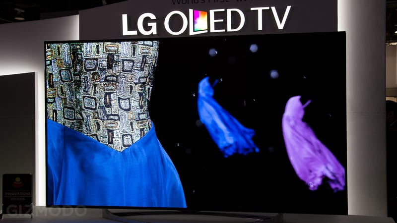 Hands On: I Just Fell In Love With LG's Flexible 4K OLED TVs