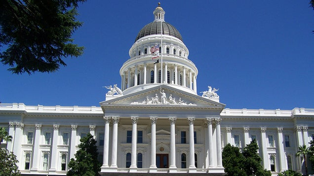 How California's New Smartphone Kill Switch Law Will Affect You