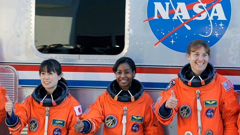 Fear of Irradiated Ladyparts Limits Missions for Female Astronauts
