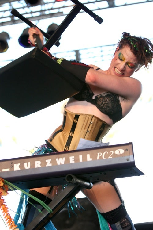 Amanda Palmer Gets Down To (Dirty) Business