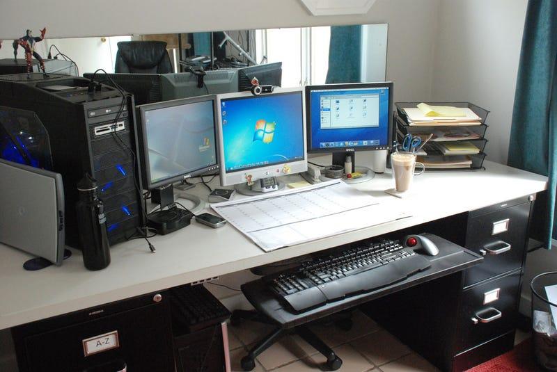 Lifehacker Workspaces: Jason Fitzpatrick Edition