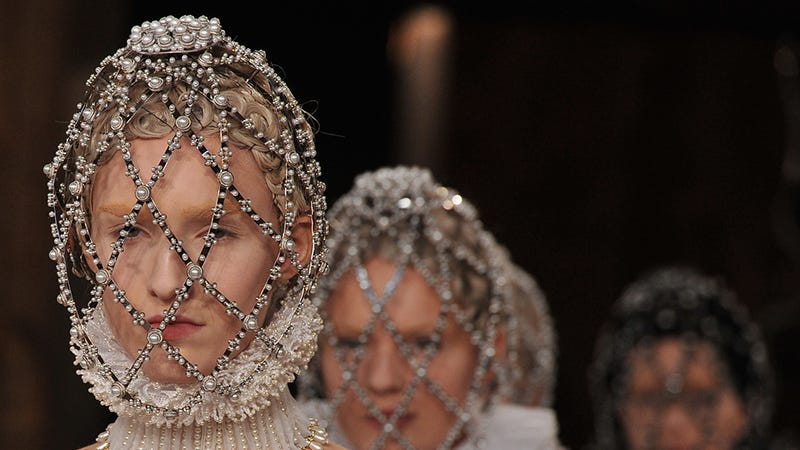 McQueen: A Breathtaking Elizabethan Dream for Royals Only