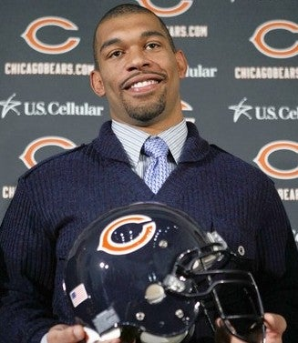 Julius Peppers Would Like To Buy The World A Coke (And Some Overpriced Champagne)