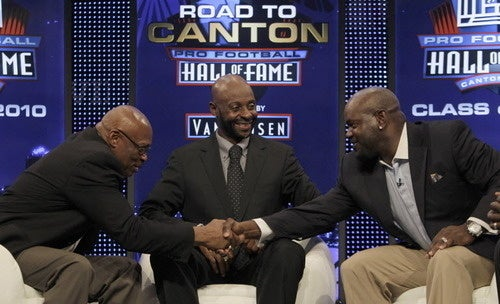 Bowlegged Floyd Little Gets to Canton