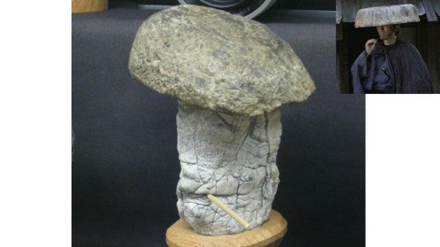 "Wonderfully Odd Japanese Museum Has ""Face Rocks"""