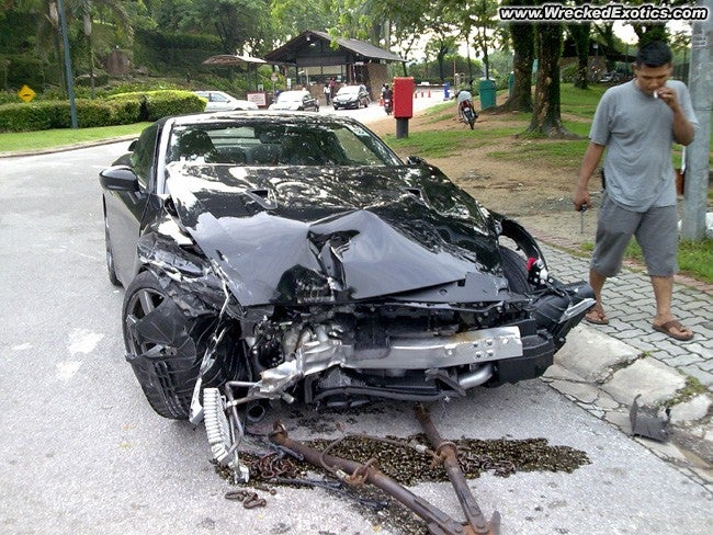 Godzilla Goes Down: More Photos Of The Malaysian GT-R Crash