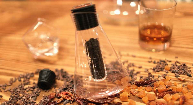 A Lab Glass Decanter to Infuse Alcohol With Things That Aren't Gross