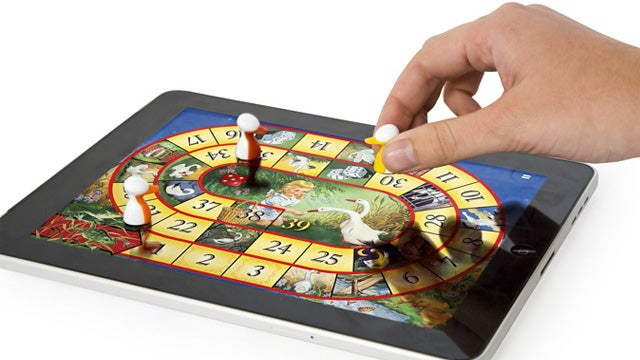 iPawn Interactive Pieces Bring iPad Board Games To Life