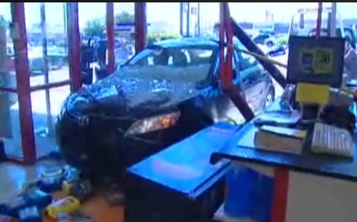 Camry Unintendedly Accelerates Into Auto Part Store Wall