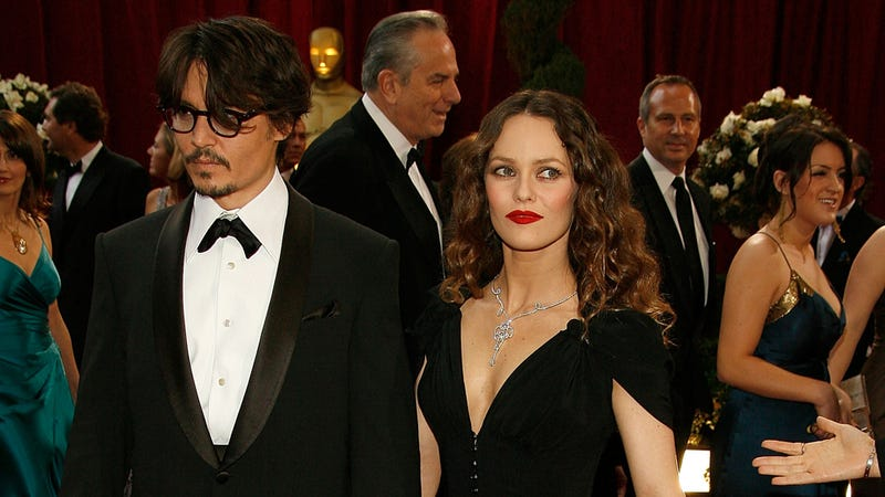 Johnny Depp and His Lady Friend Split, Middle Aged Women Rejoice