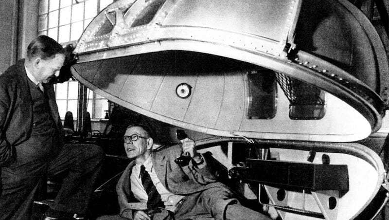 This dieselpunk life pod kept Winston Churchill from dying mid-flight