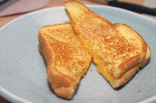 Grill a Perfect Grilled-Cheese Sandwich