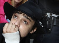 New Week, Same Shit: Pete Doherty Still A Complete Mess