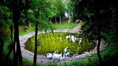 The ancient meteorite cult of Estonia