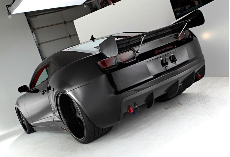 Lunatic Spends $320,000, Tunes Chevy Camaro Up To 1400 HP