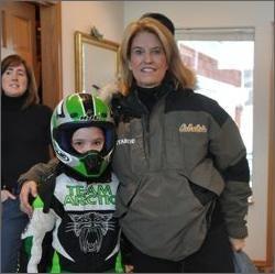Greta Van Susteren Exposes Palin Family Kitchen Activities!