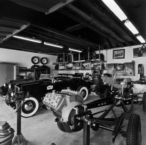 Hot Rod Garages, By Peter Vincent