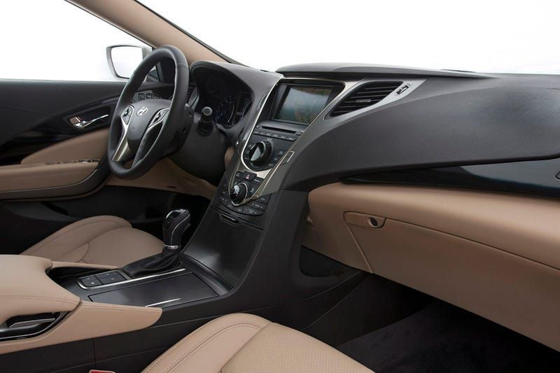 2012 Hyundai Azera: First Photos