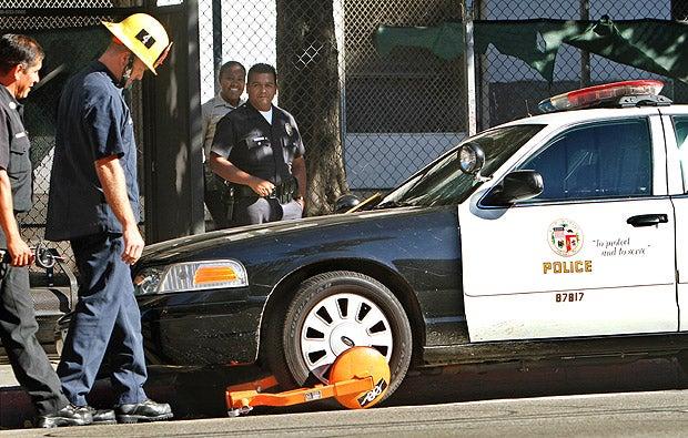 Prankster Boots LAPD Squad Car