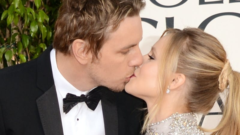 Kristen Bell Proposes to Dax Shepard