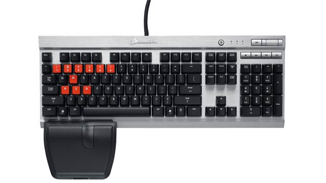 Corsair's Vengeance K60 FPS Keyboard Is a Headshot-Making Monster