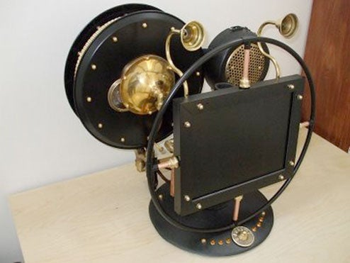 Steampunk AIO Computer Is a PC That Looks Old, Which is Apparently Still Exciting