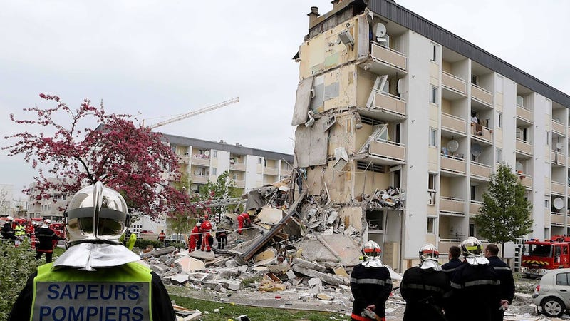 Explosion in French Apartment Building Kills 3, Injures 14
