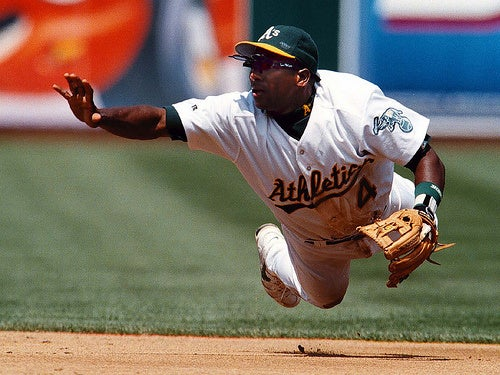 Did Miguel Tejada Tip Pitches In 2001?