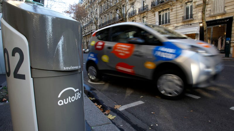 French Electric Car Share Program Accuses BMW Of Industrial Espionage